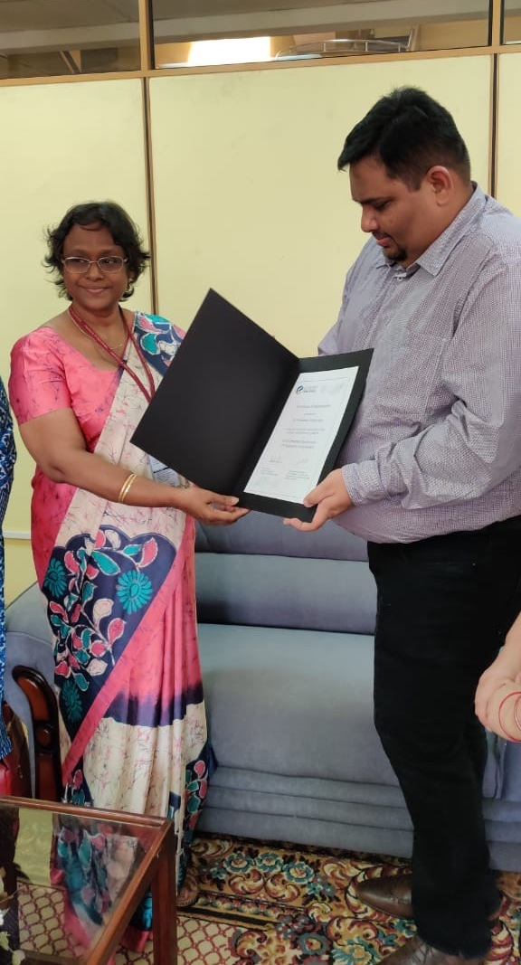 Dr. (Mrs.) P. Wijetunge, the Librarian was presented with a Certificate of Appreciation